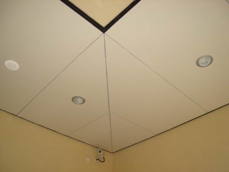 פרופילי ניתוק לעיצוב התקרה